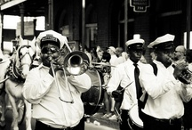 Music in New Orleans / Follow your rhythm to experience the live music, clubs, concerts, and festivals of New Orleans!