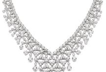 Gorgeous Diamond Necklaces / Diamond necklaces that inspire us. Beautiful jewelry pieces.