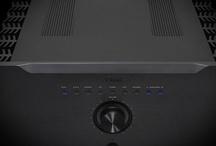 TEAC / Systemy audio, Stacje dokujące, Wzmacniacze stereo, Końcówki mocy, Odtwarzacze CD