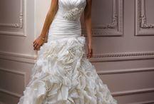 Dream wedding dresses! / by Darrian Gray