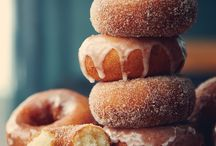 Chomp baked donuts