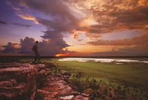 Kakadu must Do's   / From rugged coastlines and waterfalls to aboriginal art, giant crocs and exotic birdlife, Kakadu and Arnhem Land will change how you see the world. Experience the magic of this ancient land which is only a few hours from Darwin.