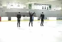 Skating routines, synchronized