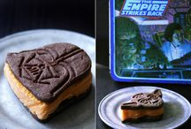 Star Wars Cookies / Recipes for Star Wars themed cookies. Star Wars fans will love these delicious and creative dessert ideas!