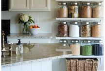 Organized Kitchen / Pots, small appliances, pantries...oh my! Kitchens are the most happening place in the home. How to keep it from turning into a disaster area? Check it out...