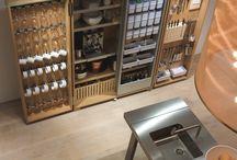 bulthaup b2 - de keukenwerkplaats / bulthaup presenteert de meest gecomprimeerde keukeninrichting van deze tijd: een unieke combinatie van keukenwerkbank, keukenwerkkast en keukenapparatenkast