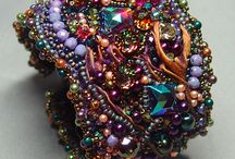 Bead Embroidery Guild / Showcasing my bead embroidered jewelry