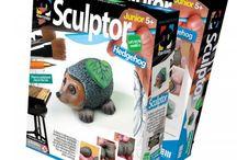 Cadouri pentru copii / Cadouri pentru copii Dacă sunteți în căutarea unui cadou pentru copii, vă invităm să răsfoiți paginile categoriei de cadouri pentru copii. Dacă întâmpinați dificultăți nu ezitați să ne contactați, suntem mereu la dispoziția dumneavoastră. http://www.giftsboutique.ro/categorie-produs/cadouri-copii/