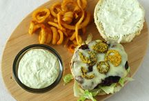 Game On! Tailgating Deluxe De-lish! / Need appetizers, game day foods and tailgating ideas? Come and get it!