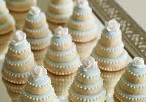 Wedding cookie favors