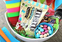Easter Recipes & Crafts / Easter recipes and crafts  / by SoFabChats