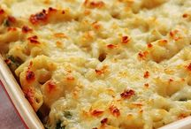 cheesy spinach pasta casserole