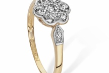 Pre-owned Jewellery at W.E. Clark and Son / A selection of second hand jewellery currently available in W.E. Clark & Son Eastbourne. See more here: http://www.weclarkandson.co.uk/jewellery-shop/tag/Clark+Pre-Owned/