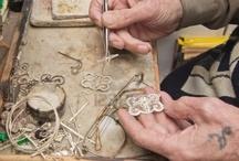 établis , outils des  bijoutiers