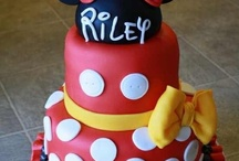 Ellie's minnie mouse party / by Laurie Mundy