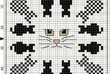 Broderie chat point compte / Broderie chat point compte