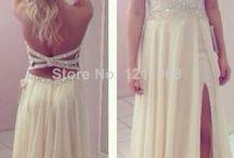 Fine klede, sko, smykke, veske og kjola