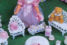 """Kids: Doll Furniture and Accessories / This board is full of patterns, inspiration pieces and pieces of my wish list for mostly 11"""" Fashion Dolls (some Miniature pieces with the 11"""" dolls in mind)"""