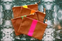 Bags & Clutches / by Pau Lopez