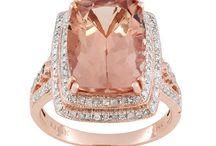 We love Morganite with diamonds