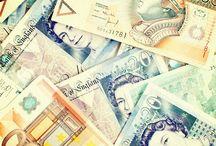 Money, money, money: Finanzen auf Reisen / Was muss ich in punkto Geld beachten? Wie kann ich meine Ausgaben kontrollieren und unterwegs Kohle sparen?