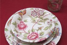 Flowers, birds, butterflies. Summertime! / Dinnerware to enjoy your summer meals even more!  Matching glassware available. www.almoraima.com  Made in Spain. Buy European quality!