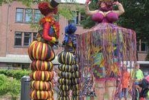 skulpturen, puppen und kostüme