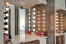 Make-up Vanity Area / Make-up Vanity Area