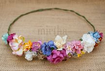 Coronas de flores / Coronas de flores para el pelo hechas a mano. El complemento perfecto para cualquier evento o celebración. Realizadas con flores de papel