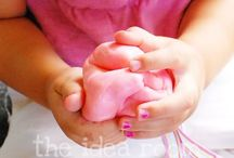 kids crafts / by Kendra Dunstan