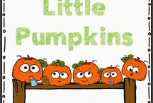 Fall and Halloween Teaching Ideas / Ideas for teaching kindergarten and first grade in the fall. Includes ideas for Halloween!