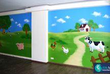 Wandschilderingen in scholen en crèches / Vrolijk school, klas, crèche of speelhoek op met een mooie en kindvriendelijke muurschildering