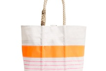 picnic totes / use them on a picnic or for everyday / by a picnic to go