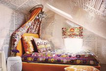Original Attic Room Decor / An attic room is often awkwardly shaped and hard to decorate. Here are some fantastic attic rooms for you #home #decor