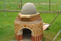 Gliniany piec / Własnoręcznie zbudowany piec do pieczenia chleba pizzy i innych smakołyków