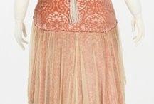 Les jolies robes...