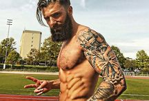 Barba e Tatuagem