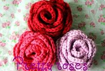 Crochet flowers / by Jannie van Huizen