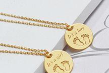 Biżuteria z okazji narodzin dziecka / New baby jewelry / Która mama się nie ucieszy z takiego prezentu? Biżuteria z okazji narodzin dziecka to podarunek najlepszy z najlepszych.