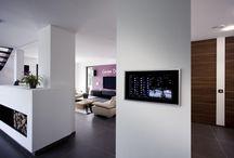 GIRA / GIRA knx intelligens otthon és épületfelügyelet megoldások. Cégünk teljeskörűen foglalkozik GIRA termékek értékesítésével és programozásával.