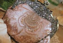 What a Clutch! / clutch bags / by Sharon Marrero
