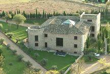 PalaceteBelmonte / Casa Rural con mucho encanto, situado a las faldas del Castillo de Belmonte.  Entorno natural ideal para el descanso y el retiro, como visita cultural por el conjunto histórico de la villa de Belmonte.