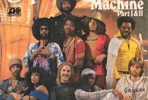 Tim Thoelkes Vinyl Revue # 7 / Ich steh ja so auf Disco! Feierkultur und Hedonismus. Sendung zum Nachhören auf http://www.absolutradio.de/vinyl/tim-thoelkes-vinyl-revue/ / by Absolut Radio