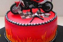 motor cycle cakes