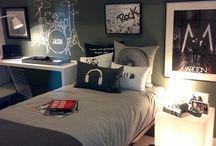 Elliots room