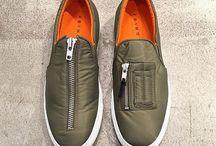 8-Shoes