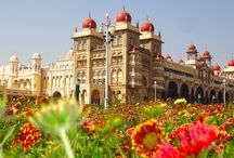 South India Tourist Places / See the best places to visit in South India, View beautiful Palaces, Indian Temples, Historical Monuments and lots more.  http://minartravels.net/Tours/south-india/