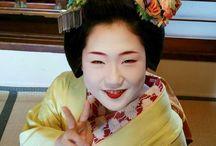Maiko Hisamomo- kanzashi