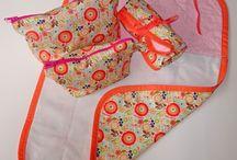 Cambiador, portapañales y necesers / kits completos para cambiar al bebé