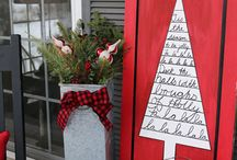 Front Doors & Porches at Christmas